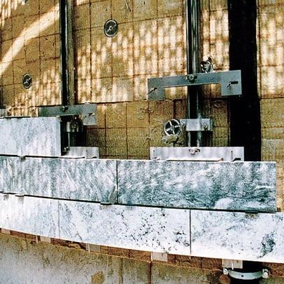 Akmens fasado tvirtinimo sistema HALFEN SUK, UKB Denia Solutions 4
