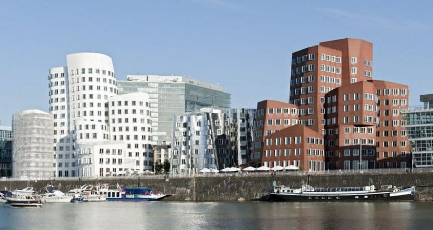 Denia Solutions Murinio fasado tvirtinimo sprendimai HALFEN Gyvenamasis namas Diuseldorfas Vokietija